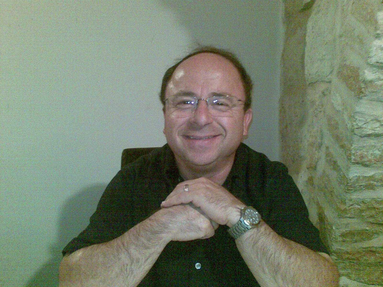 דוקטור אליהו גזלה - תמונת פרופיל